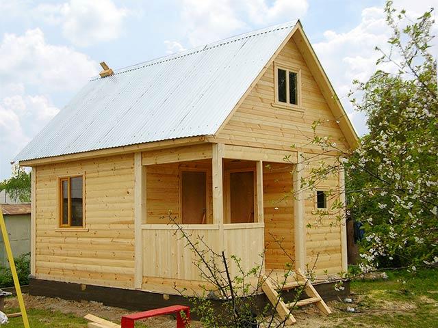 Как построить дом 4 на 4 своими