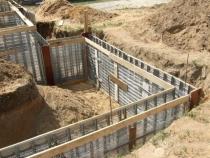 Особенности заливки фундамента для домов из газобетона.